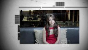 Melissa Benoist - Last Call With Carson Daly,  November 22, 2012 - 720p  mp4  caps