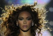 http://img211.imagevenue.com/loc1038/th_18461_Beyonce_performs_in_concert_in_Sao_Paulo-07_122_1038lo.jpg