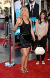 th_11039_JenniferAniston_HorribleBossespremiere_Hollywood_300611_004_122_1073lo.jpg