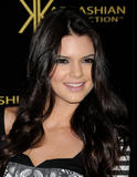 th_67008_KendallJenner_KardashianKollectionLaunchPartyatTheColonyinHollywood_August172011_By_oTTo16_122_1126lo.JPG