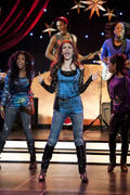 "Victoria Justice - 22 x UHQ stills from ""Victorious"" S02E01 ""Beggin' On Your Knees"""