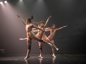 Explicit Naked Dance Wagner