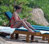 Gemma Atkinson - Red Bikini In Cuba 07/05/08 - Massive tits and very blue eyes - Foto 529 (Джемма Аткинсон - Красное бикини в Кубе 07/05/08 - Массивные сиськи и очень синие глаза -- Фото 529)