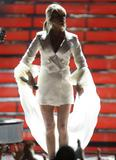 Carrie Underwood shows legs and cleavage at American Idol Grand Finale 2008