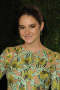 *ADD* Shailene Woodley- Vanity Fair Oscar Party in West Hollywood 0/26/12