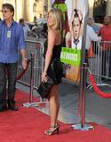 th_11856_JenniferAniston_HorribleBossespremiere_Hollywood_300611_044_122_850lo.jpg