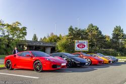 th_407975155_Ferrari_F430_458_Italia_California_Lamborghini_Gallardo_1_122_880lo