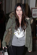 Megan Fox Shopping With Her Sister @ The Grove In LA December 8, 2011 HQ x 23